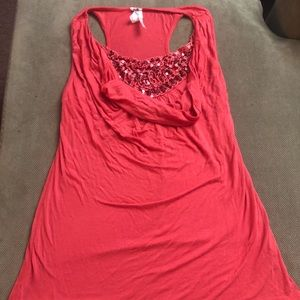 Super cute tank top with layered neck & sequence !